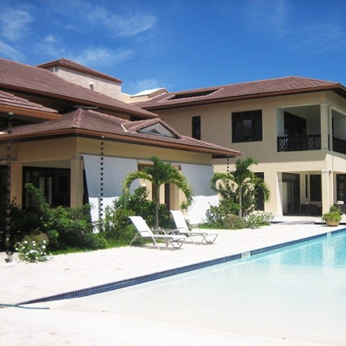 VILLA Windward 2,350.000 $